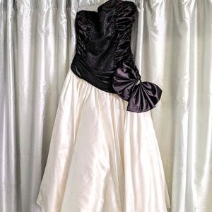 Vintage 1980's Black and White Prom Dress
